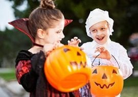 halloween safety, halloween costume safety, child safety, trick or treating safety, halloween safety tips for parents, tulsa injury lawyers, tulsa personal injury law firm, tulsa pedestrian accident attorneys